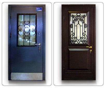 Отделка металлической двери стеклом и ковкой